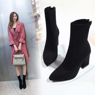 [PO] Black pointed toe boots