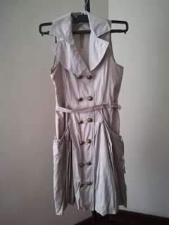 Trench short 3/4 dress buttoned down style