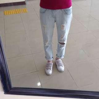 正韓淺藍刷破牛仔褲男友褲直筒牛仔褲