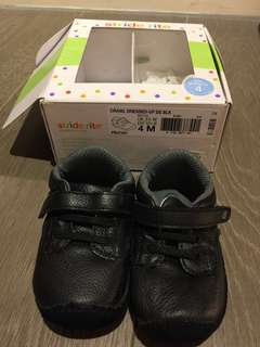 🚚 Stride rite 學步鞋 US4