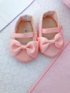 BRAND NEW baby girl shoes (gift or outfit)