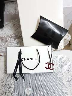 Chanel gift box /paper bag set