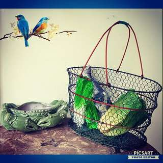 1950-60s Hand-Weave Wired Egg Basket or Marketing Basket, Rarely comes in Seasoned Red & Yellow Frame with Green Net. Good & Strong Condition. Detail/ Size as in the photos. $68, sms 96337309,
