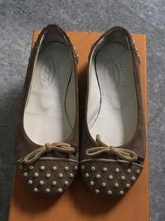 Sepatu Tods Junior