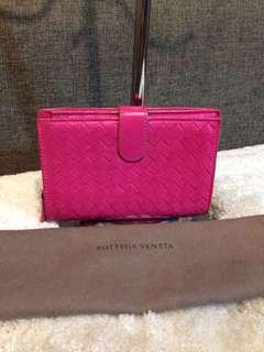 Authentic Bottega Venetta Bifold Wallet With Dustbag