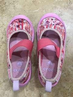 Authentic Crocs C9