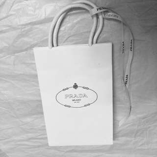 prada 纸袋缎带礼品袋
