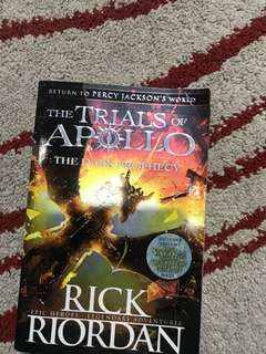 Trials of apolo the dark prophecy