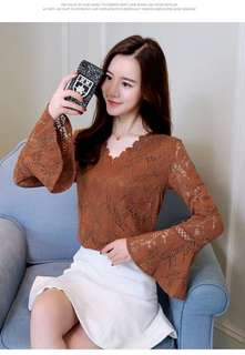 (READYSTOCK) Trumpet Sleeve Lace Top