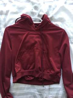 Cropped hoodie small