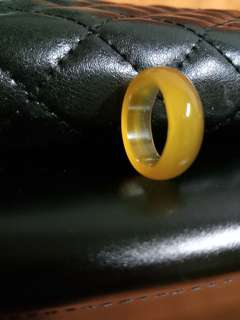 黃玉隨。男戒直徑2.1