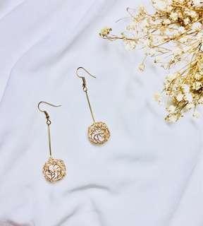 Aster gold earrings