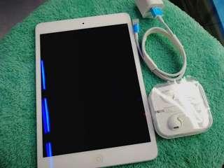 iPadmini 16gb wifi only (2nd hand)