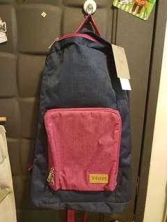 ELEOS,可折疊行李後背包,商品如網路擷圖