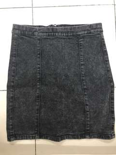 CLEARING black acid washed bodycon skirt