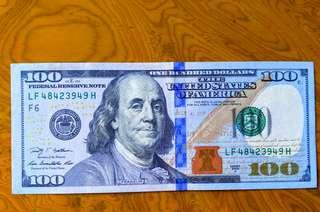 美元$100