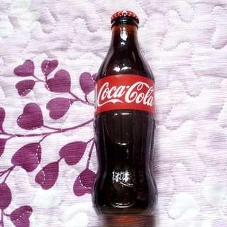 可口可樂泰國250毫升玻璃樽一枝 (Label有少少破損)