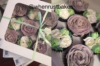 Floral cupcakes box of 12