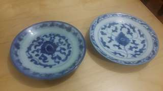 清代民窯青花盤兩隻