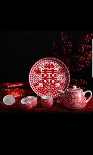 Teapot set for customary wedding