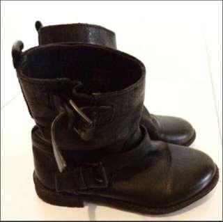Children boots