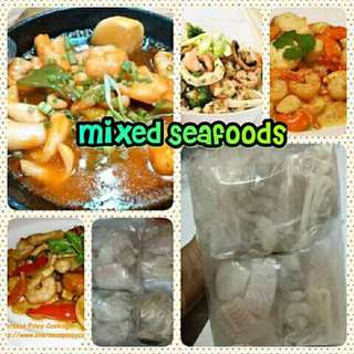 Mixed seafoods