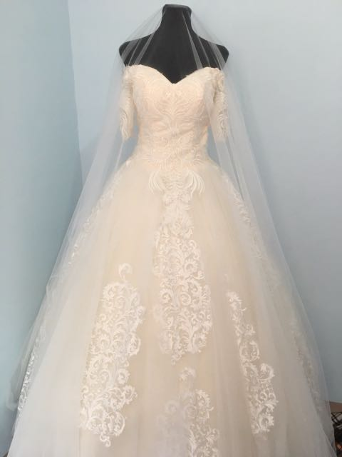 Brand New Wedding Gown A Line Gown Ball Gown Petticoat Included