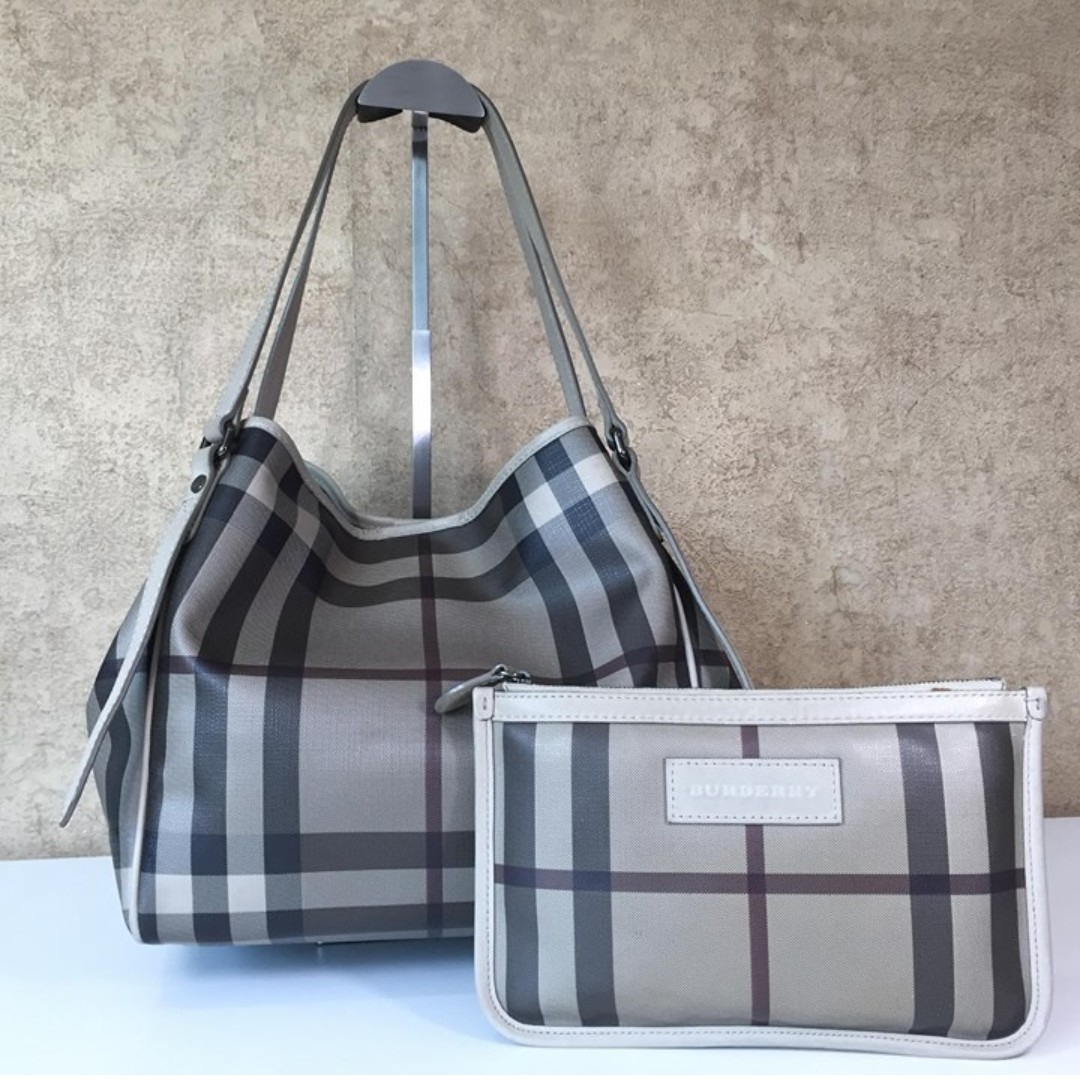 BURBERRY 3787009 SMALL CHECK TOTE BAG 78aee6b5917fe