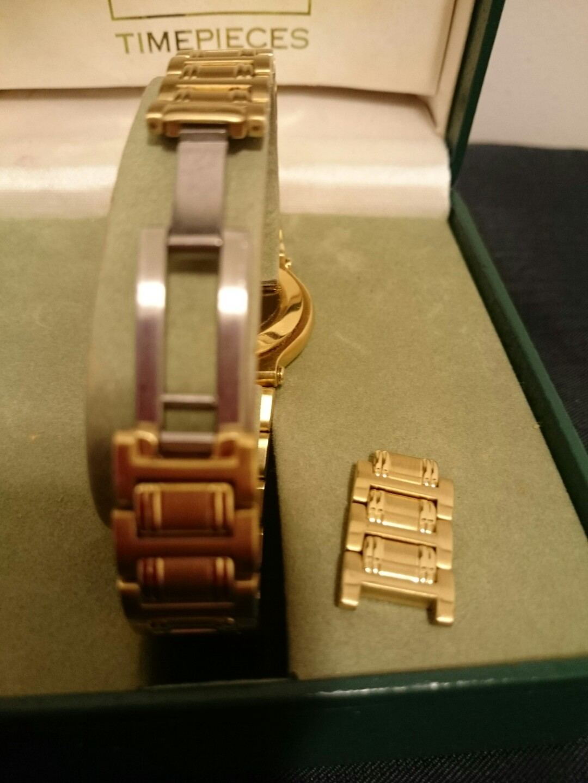 0578ef3f3e5 Lady s Gucci 9200L watch gold finish