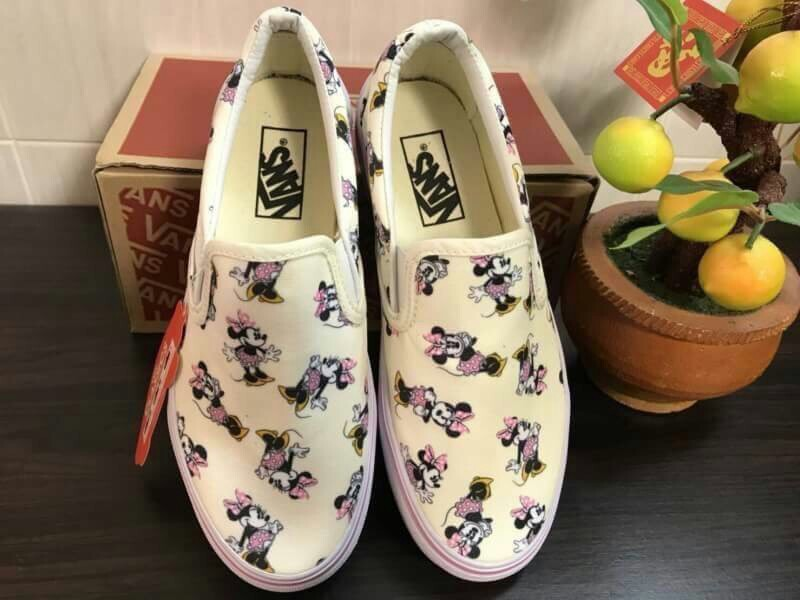 c3784e472c7298 Minnie Mouse vans sneakers