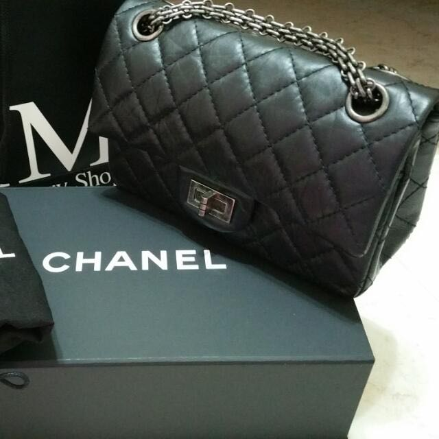 9b6ecf67be4c 😍My First Chanel Bag to Showoff😍, Luxury on Carousell