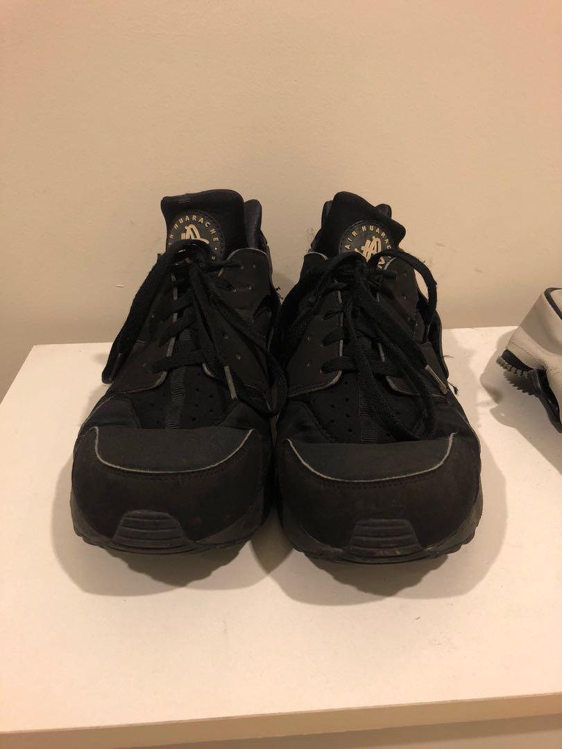 da4472c81fd9 Nike Air Huarache Triple Black