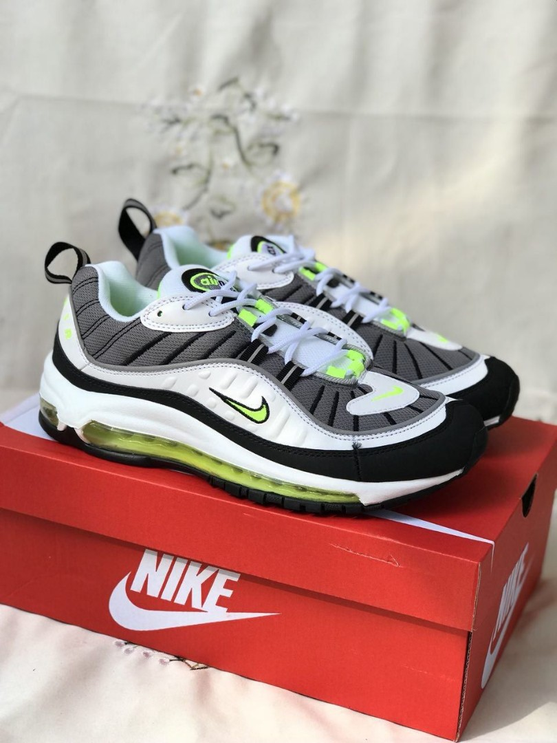 size 40 6a7f1 d687d Nike airmax 98, Men's Fashion, Footwear, Sneakers on Carousell