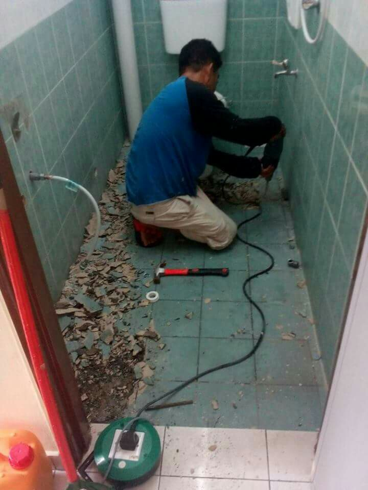 Repair Bilik Air Bocor Waterproof Lantai 01121298627 Services Home Repairs On Carou