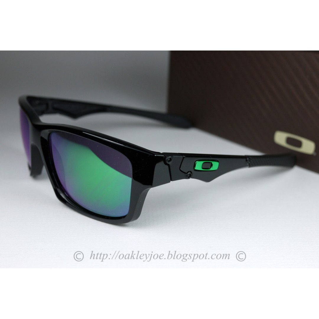 317bff2fce0 ... promo code sale brand new oakley jupiter squared polished black jade  iridium oo9135 05 mens fashion