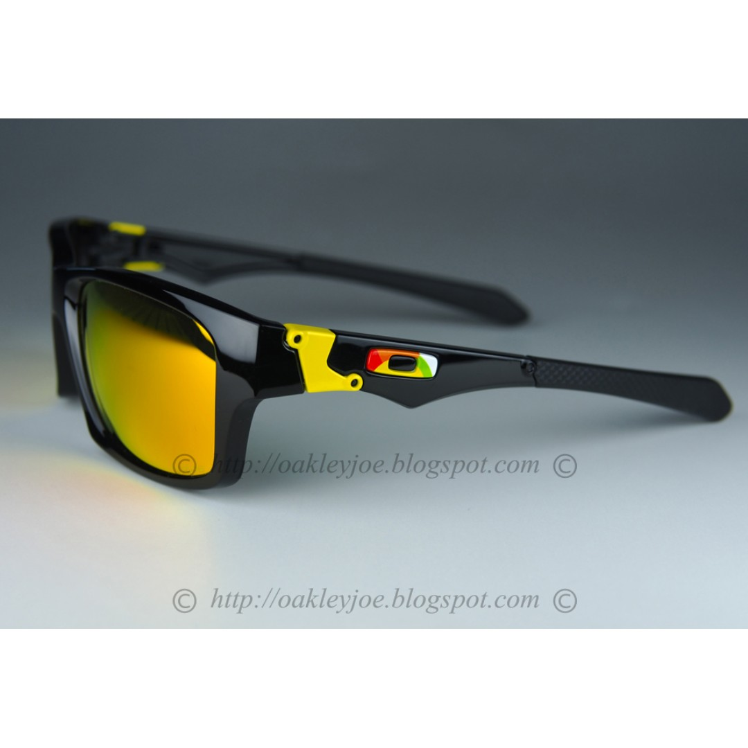 305861def7dd3 ... ireland sale brand new oakley jupiter squared valentino rossi polished  black fire iridium oo9135 11 mens
