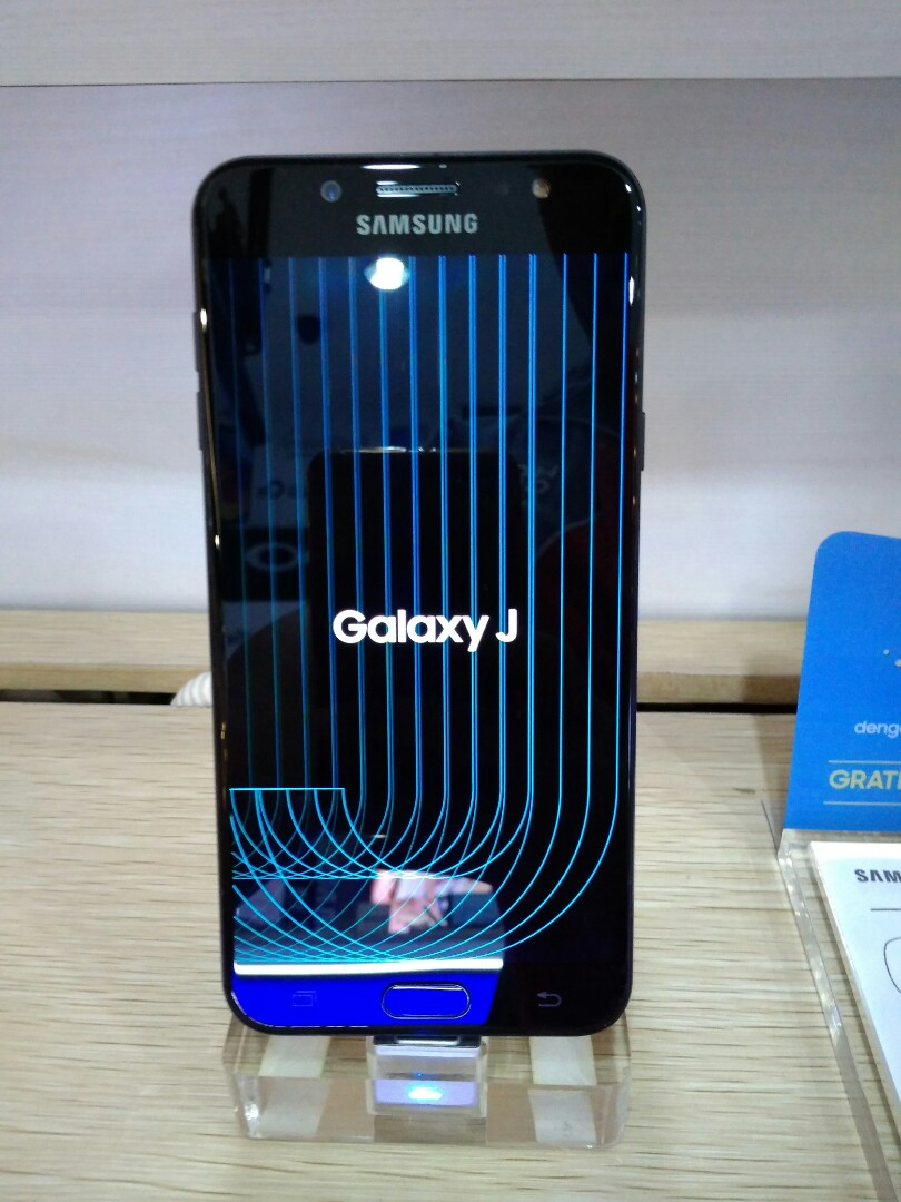 Samsung Galaxy J7 Mobile Phones Tablets Android On Carousell