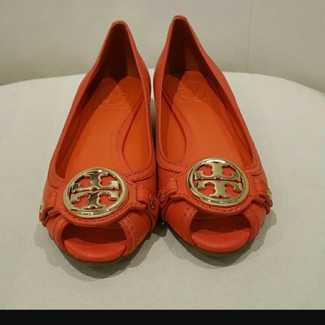 b473723e75d Tory Burch Leticia Wedge in Poppy Red