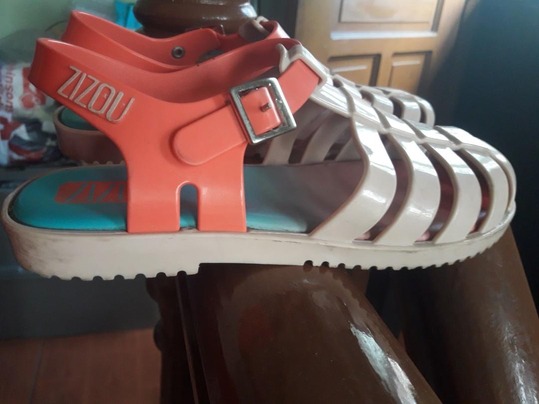 527ded01589e Zizou Grendene Sandals