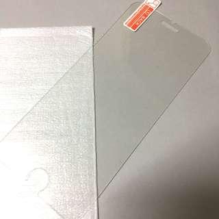 iPhone 7玻璃貼