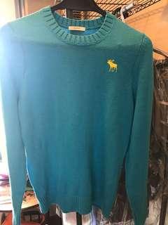 A&F 淺藍色針織衫