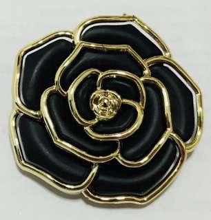 BNIP Vintage Elegant Flower Brooch Pin