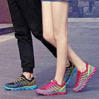 Couple rubber shoes