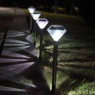 【☀️太陽能 LED 鑽石草坪燈 戶外 防水 花園 適用草地 燈庭 院景觀☀️】2支以上包郵📦