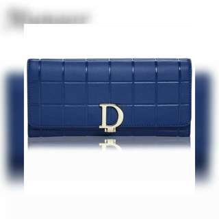 Munoor Purse With D Locking Mechanism