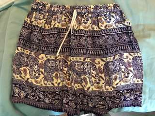 Elephant patern shorts