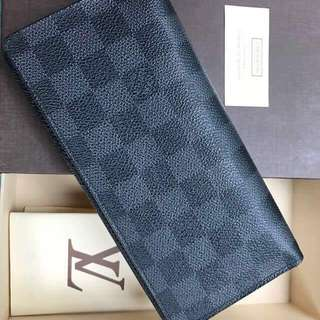 On Sale! Authentic Louis Vuitton Long Wallet in Damier Graphite