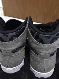 Nike air jordan 1 camo