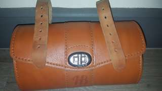 Saddle Bag (leather)