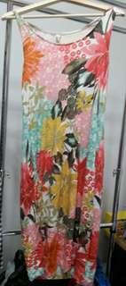 🚚 花卉圖案涼棉渡假洋裝